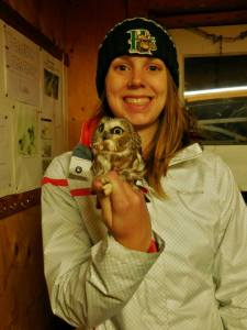 Larissa with an owl